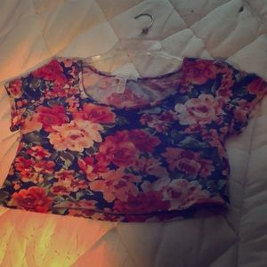 Floral crop top worn once in great condition